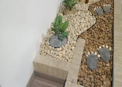 Jardines en piedra decorativa